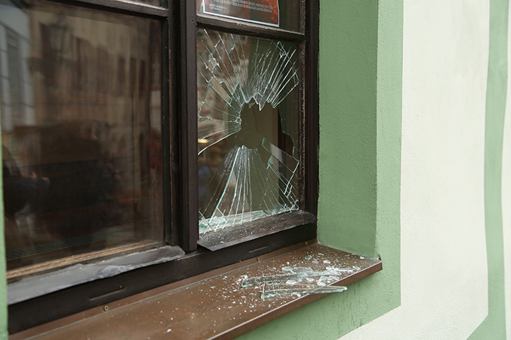 A2B Glass are able to board up broken windows while they are being repaired in Bethnal Green.